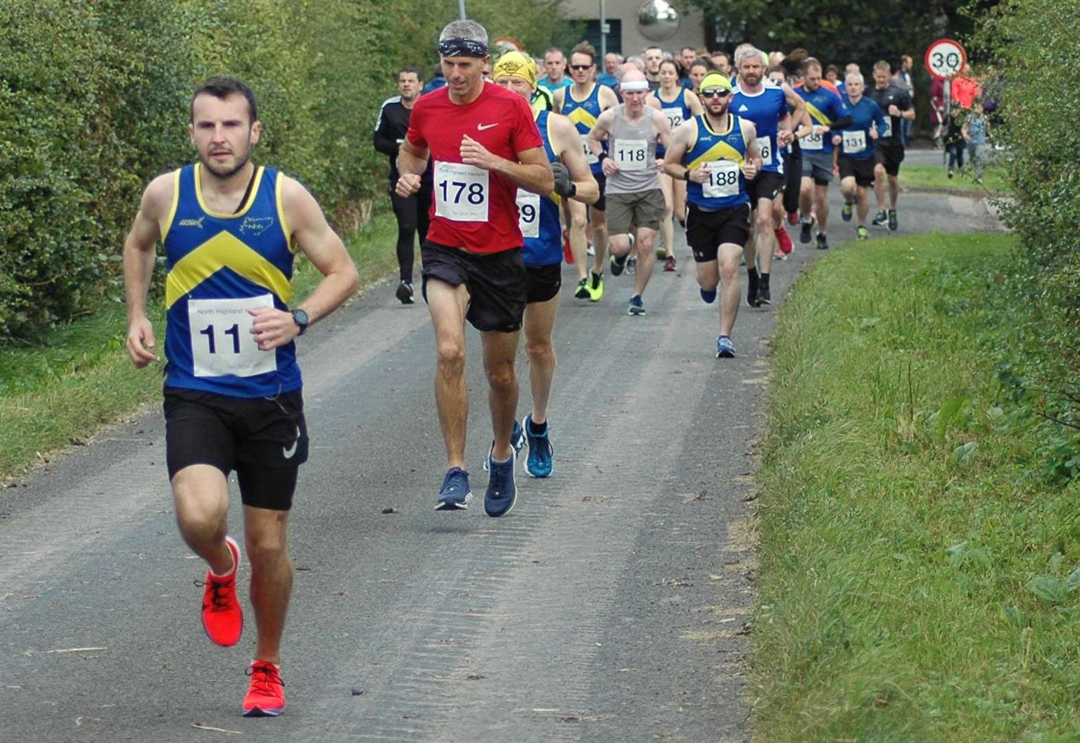 Shearer sets new course record in Caithness Half Marathon