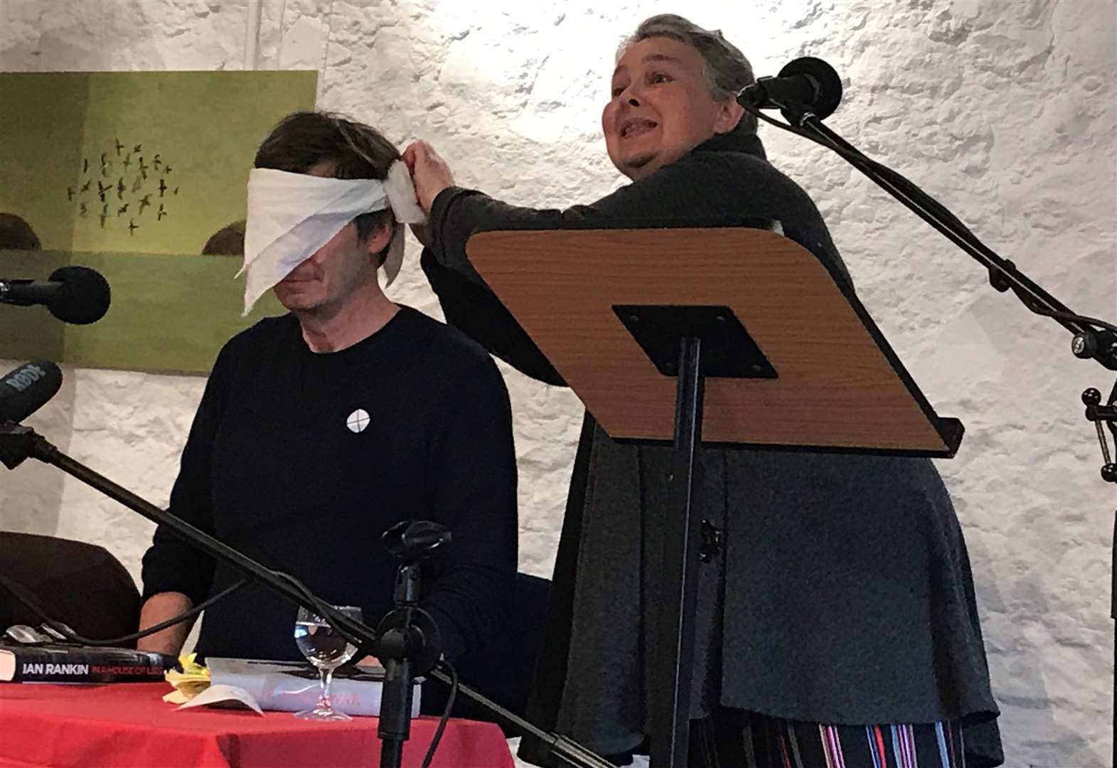 More laughter than slaughter at Cromarty's crime weekend
