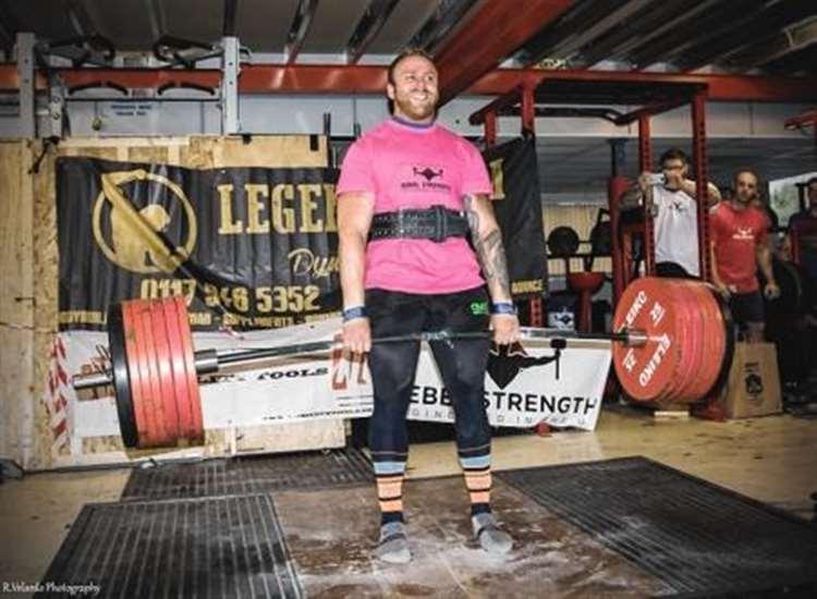 Thurso strongman breaks world record