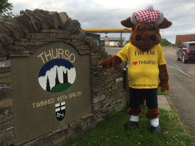 Tia the mascot for Thurso Town Improvements Association.